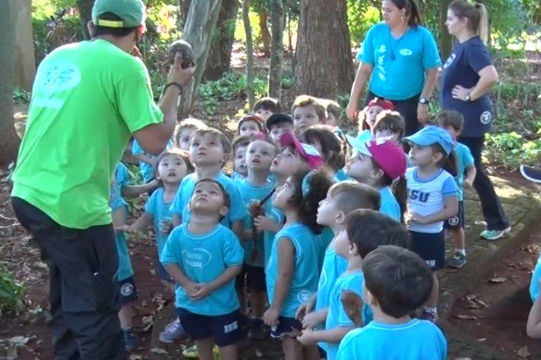 Turmas do Infantil 1 participam de primeira excursão com o colégio