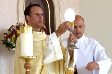 Os alunos do 5º ano receberam a 1ª Eucaristia no último fim de semana
