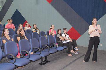 Prevenção da obesidade infantil é tema de palestra no Colégio Santa Úrsula