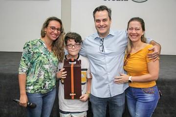 O cirurgião vascular Matheus Bredarioli conversou com os 5ºs anos sobre a prevenção do câncer