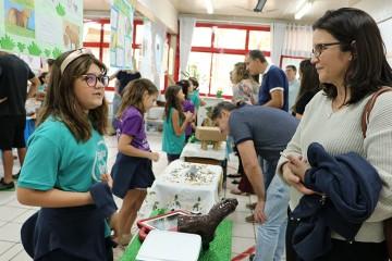 Durante a Semana Santa Úrsula, os 3ºs anos do colégio realizaram uma exposição sobre os animais