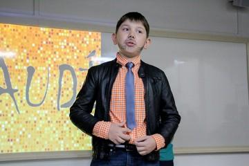 5ºs anos ministram aula aos pais, sobre o arquiteto Antoni Gaudí, durante a Semana Santa Úrsula