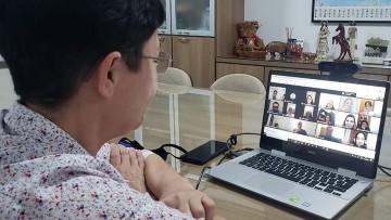 Diretora faz Reunião Pedagógica on-line e reúne mais de 250 professores
