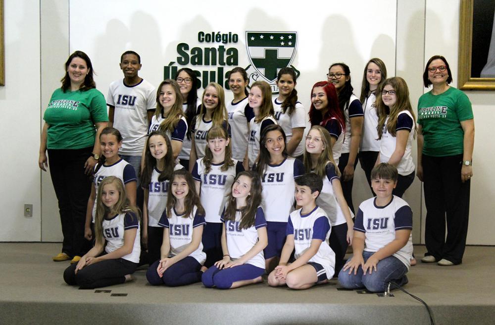Coro cênico do Santa Úrsula participa de seleção para o VI Encontro Brasileiro de coro Cênico e se prepara para apresentação no final do ano