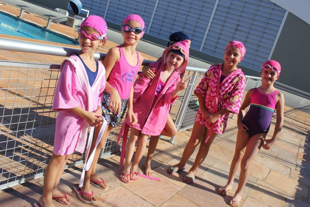 Alunos do Fundamental I participam de festival de natação no colégio